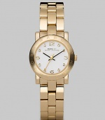 A classic style with a touch of sparkle and an iconic logo bezel. Quartz movementWater resistant to 3 ATMRound goldtone ion-plated stainless steel case, 26mm (1) Logo bezelWhite dialCrystal and numeric hour markersSecond hand Goldtone ion-plated stainless steel link braceletImported
