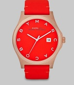 This warm and bold style features a brushed case and supple leather strap. Quartz movementWater resistant to 5 ATMRound rose goldtone brushed stainless steel case, 43mm (1.7)Brushed bezelCoral dialLogo hour markersDate display at 3 o'clockSecond hand Semi-shiny coral colored leather strapImported