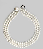 Classic and elegant, organic man-made nested pearl necklace with mabe pearl clasp. 8mm organic round white pearl 18k gold vermeil Length, about 16 Square mabe pearl clasp Made in Spain