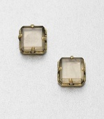 A simply chic piece with a faceted cube bead set in a goldtone setting. EpoxyGoldtone brassSize, about .59Post backImported